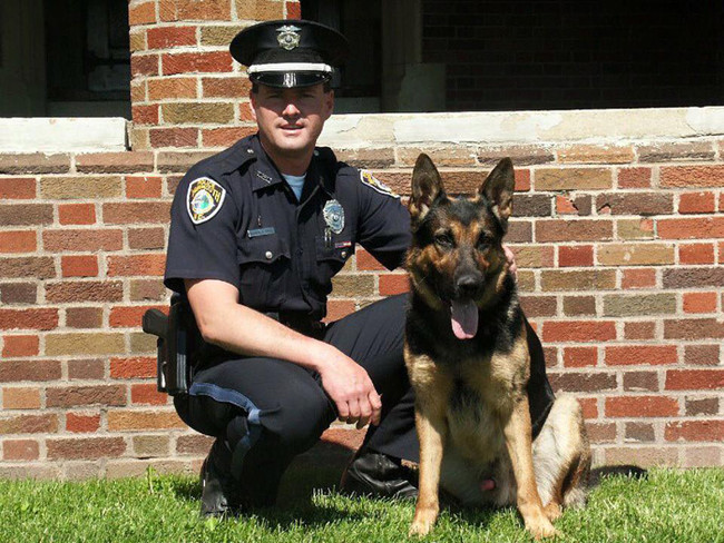 But when his parter, Officer Michael Vogel, took a new job in Florida, the department decided to retire the then 10-year-old pup.