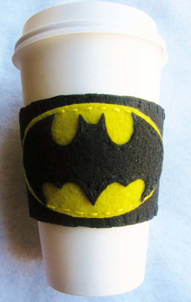 This felt <i>Batman</i> coffee coozy is quick and easy to make.