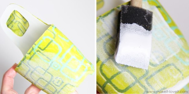 Apply another layer of the crafting adhesive to the fabric.