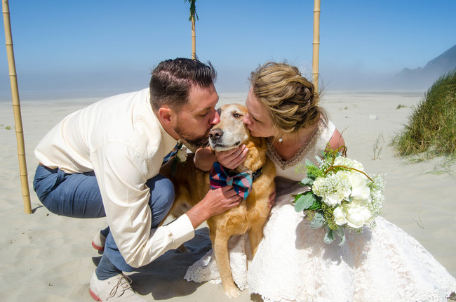 """And because his time was so short, wedding photographer <a href=""""http://natalyajenneyphotography.weebly.com/"""" target=""""_blank"""">Natalya Jenney</a> was instructed to pay special attention to him on the big day."""