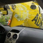 """""""Yes, a helicopter destroyed my windscreen!"""""""