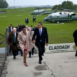 800px-Barack_and_Michelle_Obama_arrive_in_Moneygall