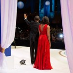 Barack_Obama_waves_to_the_2013_inaugural_ball_crowd
